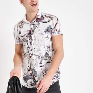 5d63e2645 River Island Mens Ecru floral slim fit short sleeve shirt