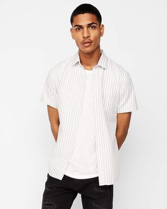 Express Slim Striped Button Collar Short Sleeve Shirt