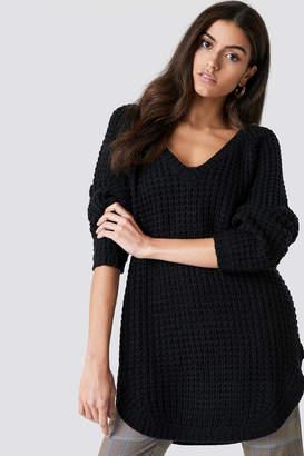 NA-KD Na Kd V-neck Pineapple Knitted Sweater