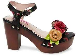 6d3ae47ab Betsey Johnson Rosee Floral Wooden Block Clog Sandals