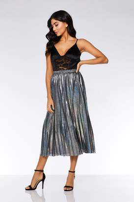 Quiz Silver Metallic Pleated Skirt