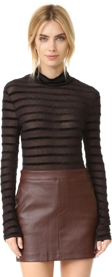 BCBGMAXAZRIABCBGMAXAZRIA Turtleneck Sweater with Stripes