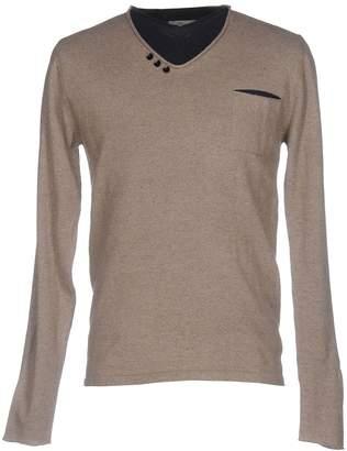 Individual Sweaters - Item 39740615QJ