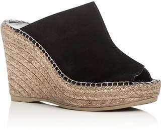 6444aeb6b6f3 Andre Assous Women s Cici Platform Wedge Espadrille Slide Sandals