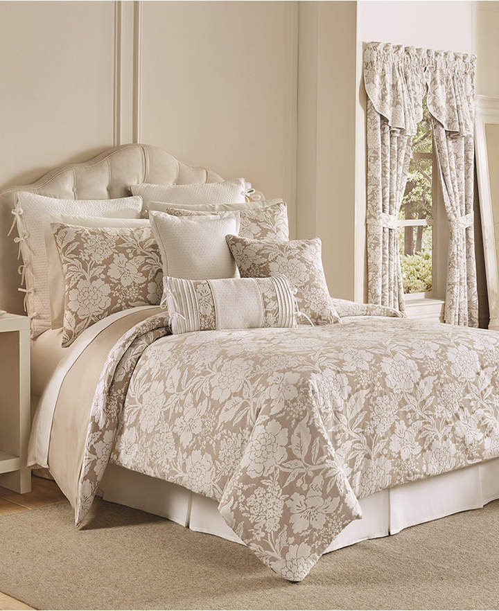 Nellie 4-Pc. Floral California King Comforter Set Bedding