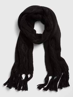 Gap Chunky Cable-Knit Fringe Scarf