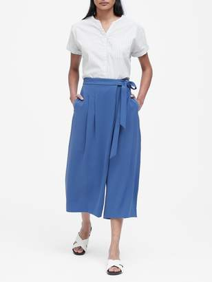 Banana Republic JAPAN EXCLUSIVE Extra Wide-Leg Cropped Pants
