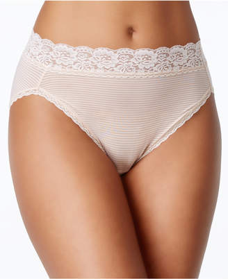 Vanity Fair Women Flattering Lace Hi-Cut Panty 13280
