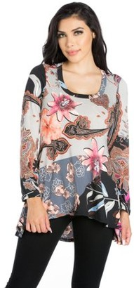 f1125e96f4271 24seven Comfort Apparel Women s Flared Floral Long Sleeve Hi Low Tunic Top