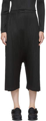 Pleats Please Issey Miyake Black Skew Pleated Haram Trousers