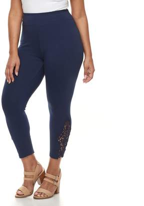 Laundry by Shelli Segal Plus Size French Lace Capri Leggings