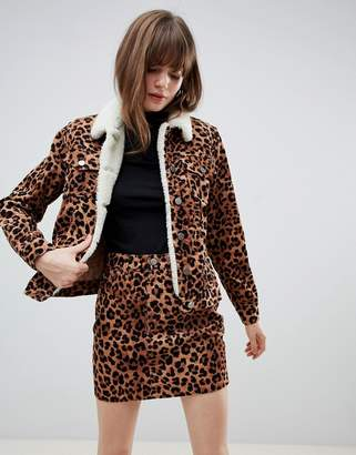 835629235427 Asos Design DESIGN cord jacket in leopard with fleece collar