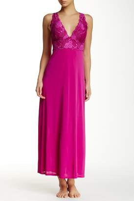 Natori Lace Sleep Gown $190 thestylecure.com