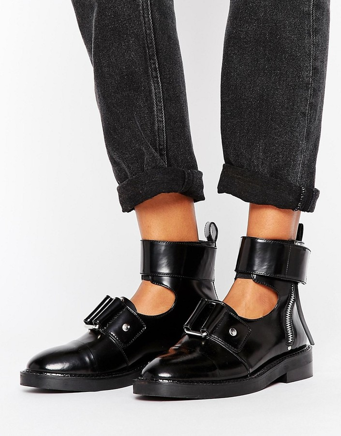AsosASOS AXLE Leather Cut Out Ankle Boots