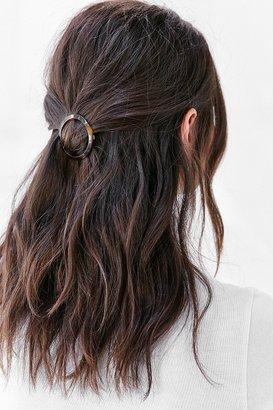 Anya Tortoiseshell Hair Clip $12 thestylecure.com