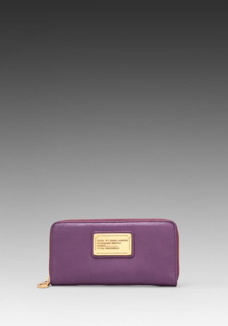 Marc by Marc Jacobs Classic Q Vertical Zippy