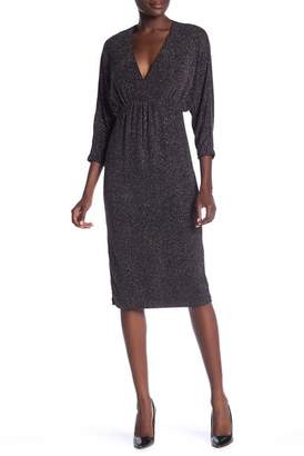 Maggy London Glitter 3\u002F4 Dolman Sleeve Dress