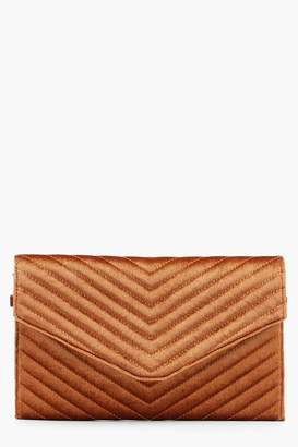 boohoo Quilted Velvet Clutch And Chain
