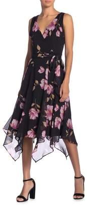 Gabby Skye Chiffon V-Neck Sleeveless Printed Dress