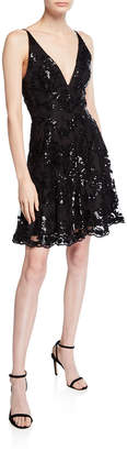 Dress the Population Morgan Sequin Lace V-Neck Sleeveless Cocktail Dress