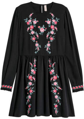 H&M Embroidered Dress - Black