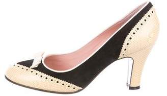 Marc Jacobs Embossed Round-Toe Pumps
