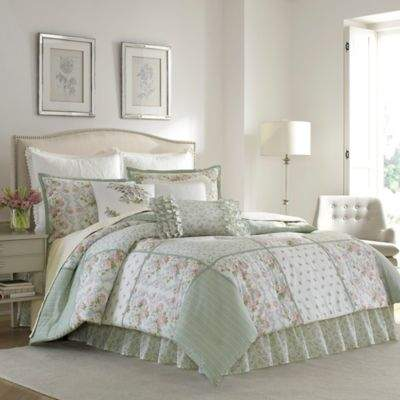 Harper Queen Comforter Set in Green