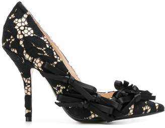 No.21 bow-embellished lace pumps