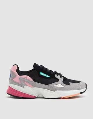 adidas Falcon Sneaker in Core Black/Light Granite