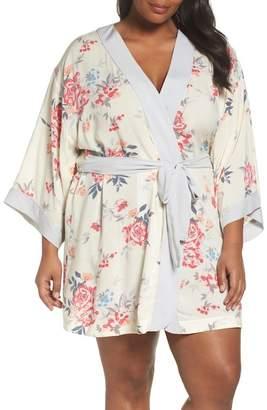 Nordstrom Sweet Dreams Short Robe (Plus Size)