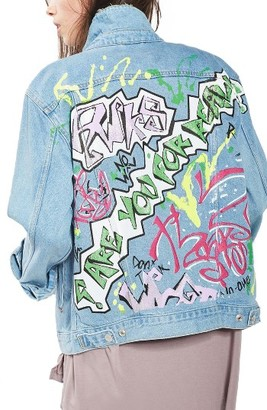Women's Topshop Graffiti Denim Jacket $125 thestylecure.com