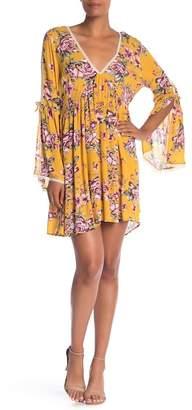 On The Road Garett V-Neck Floral Print Dress