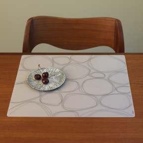 Modern-Twist Pebbles Placemats
