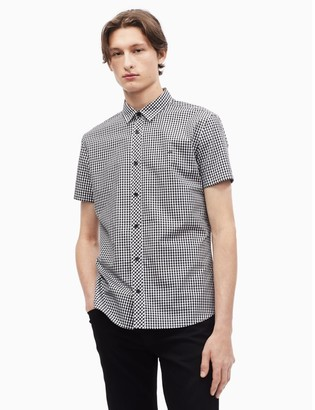 Calvin Klein gingham button down short sleeve shirt