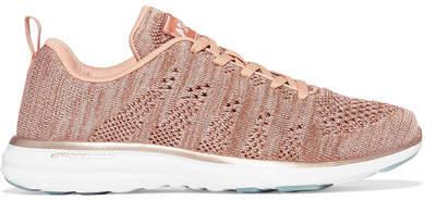 APL Athletic Propulsion Labs - Techloom Pro Mesh Sneakers - Pink