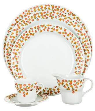 Richard Ginori 21-Piece Porcelain Table Service