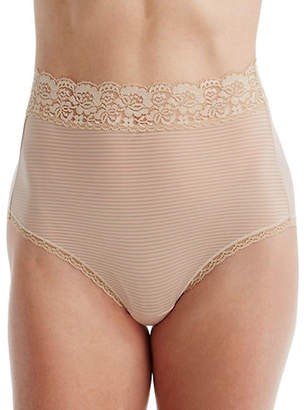 Vanity Fair Flattering Lace Briefs