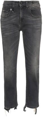 R 13 cropped frayed Boy jeans