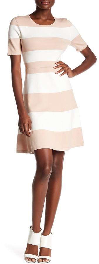 BCBGMAXAZRIABCBGMAXAZRIA Lylah Striped Knit Fit & Flare Dress