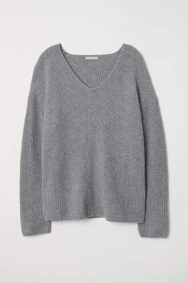 H&M V-neck Cashmere Sweater - Gray