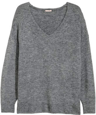 H&M H&M+ V-neck Sweater - Gray