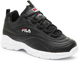 Fila Ray Sneaker - Women's