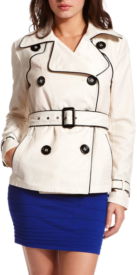 Contrast Piping Belted Trench