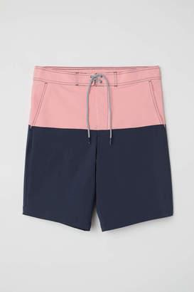 H&M Knee-length Swim Shorts - Pink/dark blue - Men