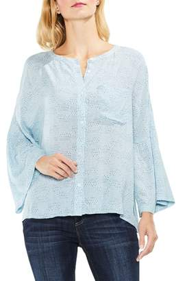 Vince Camuto Bell Sleeve Geo Dialogue Top