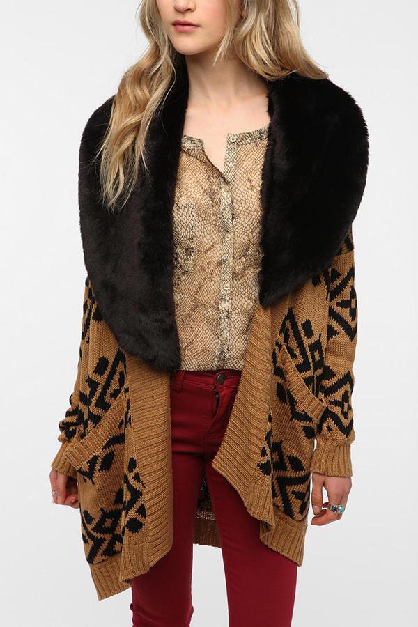 MinkPink Intazia Faux Fur Trim Cardigan