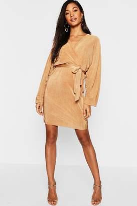 boohoo Plisse Rouched Sleeve Midi Dress