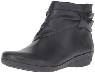 Clarks Women's Everlay Mandy Ankle Bootie