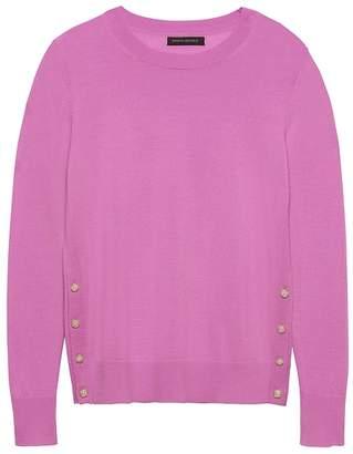 Banana Republic Petite Machine-Washable Merino Wool Button-Side Cropped Crew-Neck Sweater