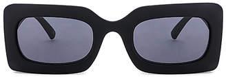 Le Specs DAMN!